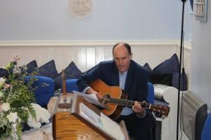 Bruce singing 'Amazing Grace'